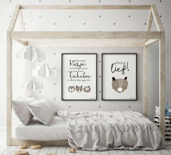 Poster A4: Pyjama aan, kusje voor het slapengaan...